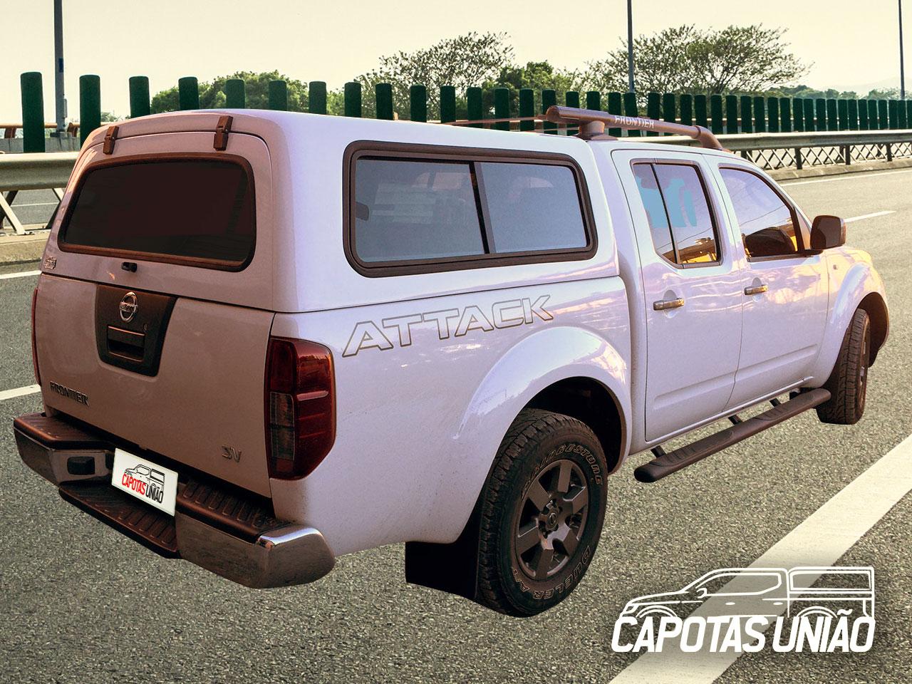 Capota-Nissan-Frontier-com-janelas-de-correr